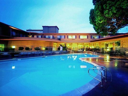 The Villa At San Mateo, San Mateo, CA 1