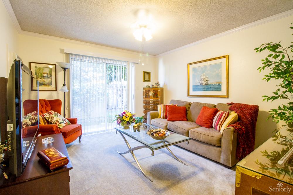 Lincoln Glen Manor For Senior Citizens 24