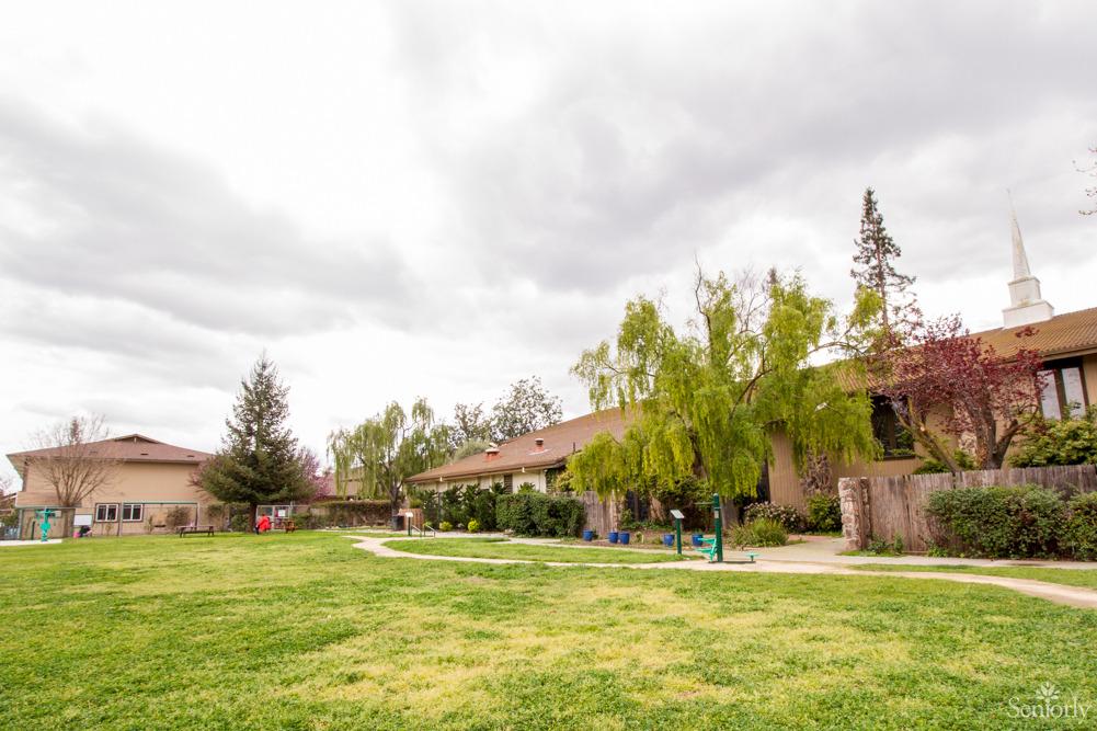 Lincoln Glen Manor For Senior Citizens 3